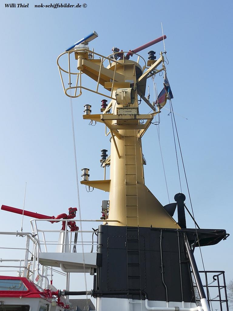 LUCHS- Schornstein-Mast mit Feuerlöschkanonen