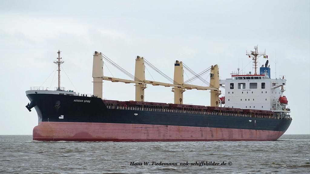 Aegean Spire, BHS, ex Atlantic Treasure-18 wesr Bhv 26.03.2019.jpg