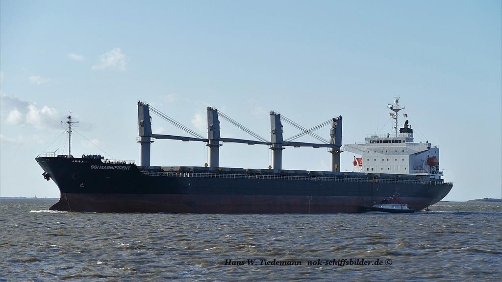 SSI Magnificent, MHL, Densay Shipg., Dubai.jpg