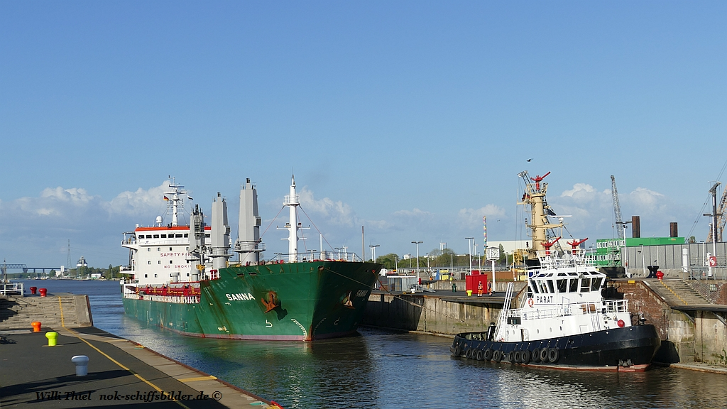 PARAT  with General Cargo Ship   SANNA