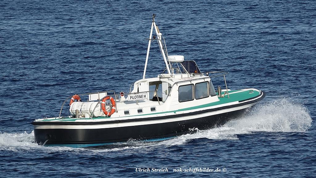 Pilotine H  vor Bastia 04.06.19 Foto U. Streich.jpg
