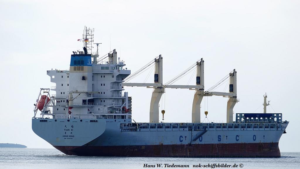 Tian Xi, HKG, IMO 9704764 - Weser.jpg