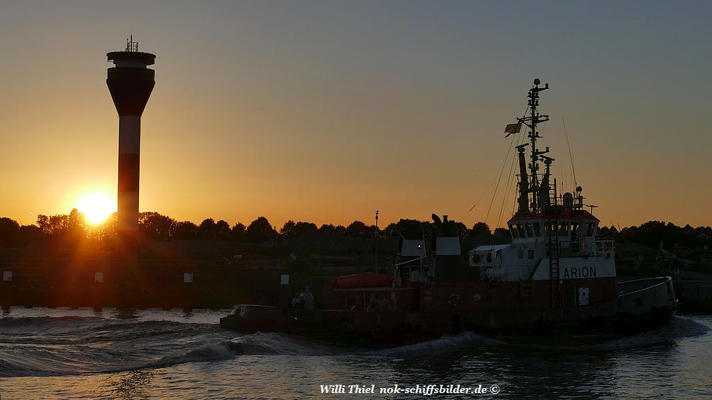 Wenn im Abendrot die Sonne am Horizont versinkt.....