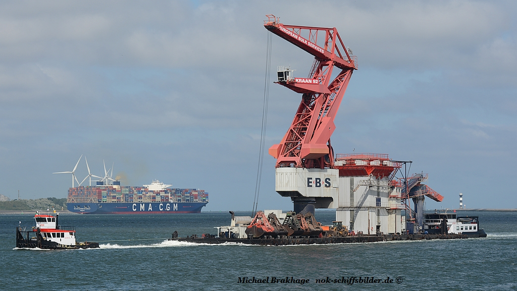 AREND & STERN with BARGE KRAAN 92