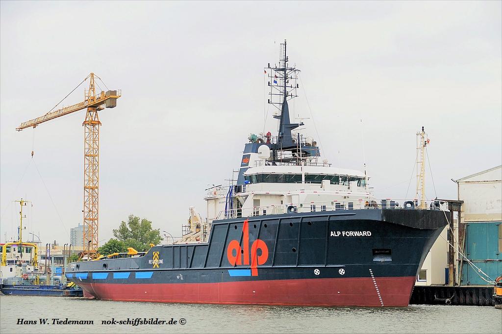 APL Forward, NLD bremerhaven 27.05.2019.jpg