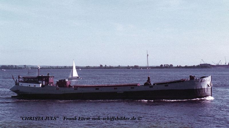 Christa Juls (160884)   Alphen a-d Rijn, Boot Industries.jpg