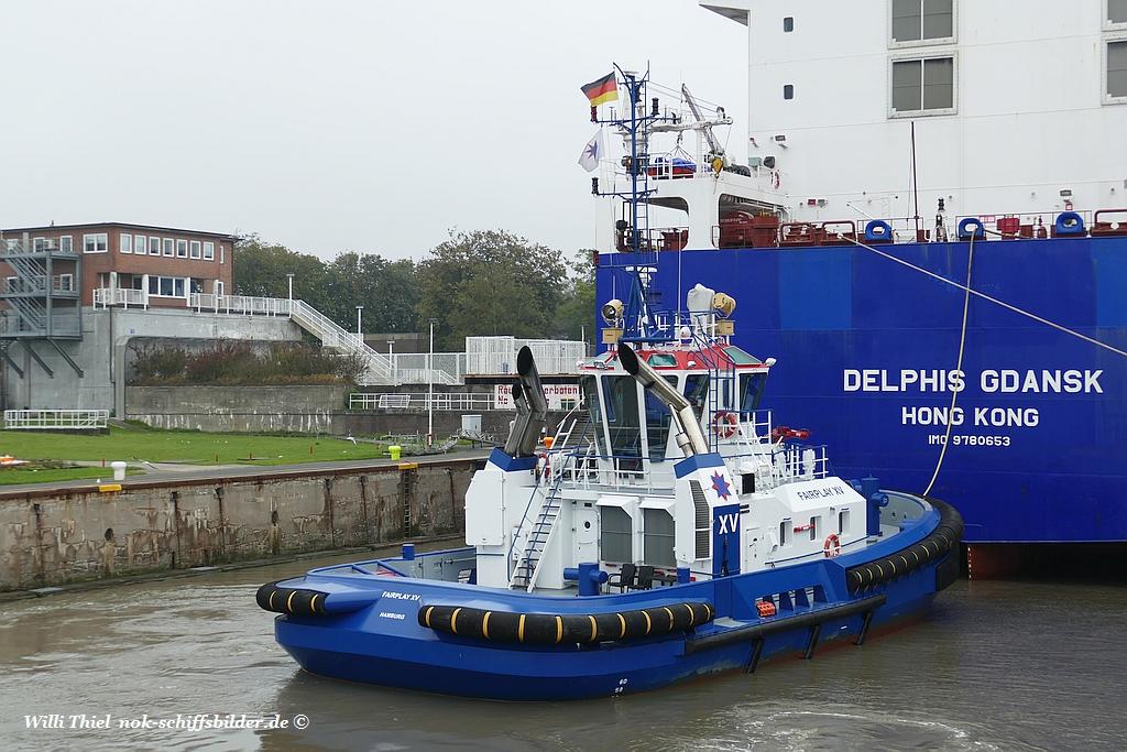 FAIRPLAY XV mit  DELPHIS GDANSK