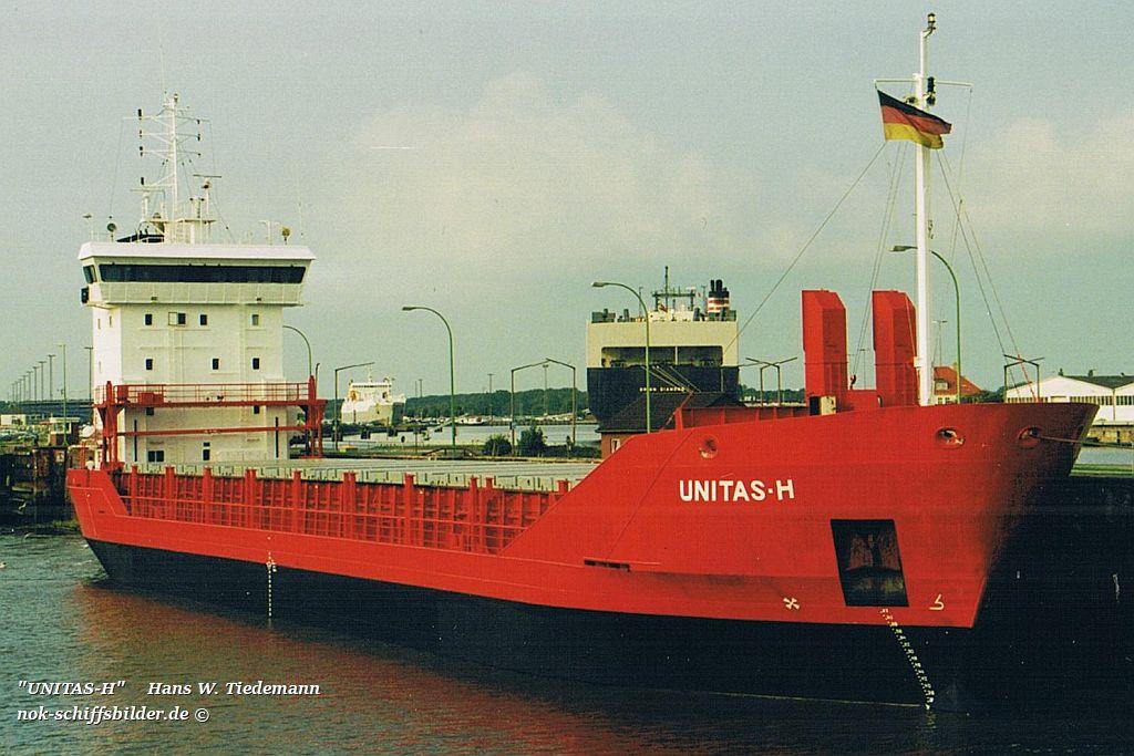 Unitas-H, ATG, Hamburg - 22.08.02 Bhv Kaiserschleuse