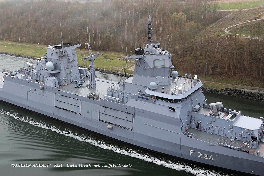SACHSEN-ANHALT  F224/ Aufbauten