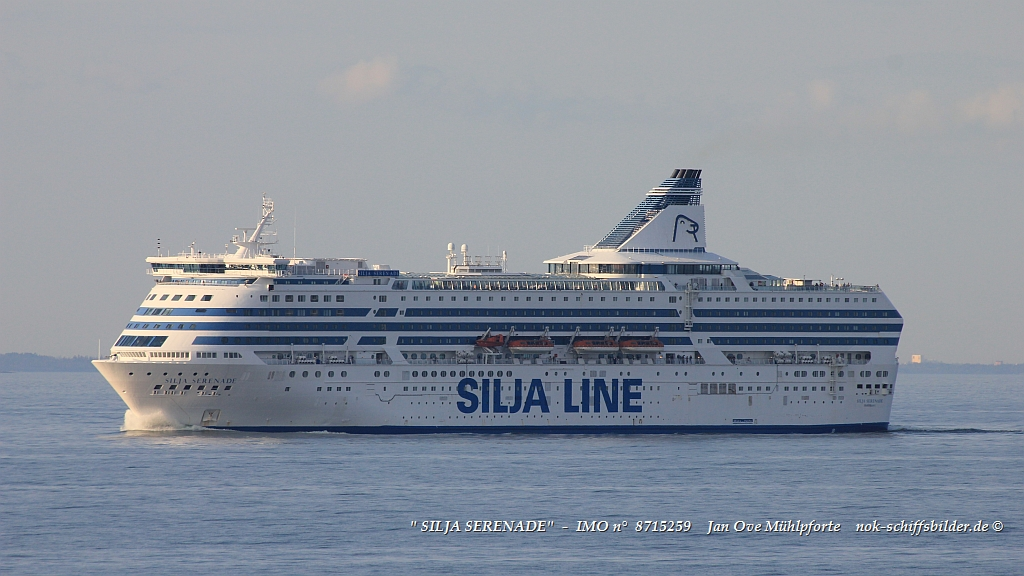 SILJA SERENADE  -  IMO n°  8715259  Baltic Sea 17.08.2018.jpg