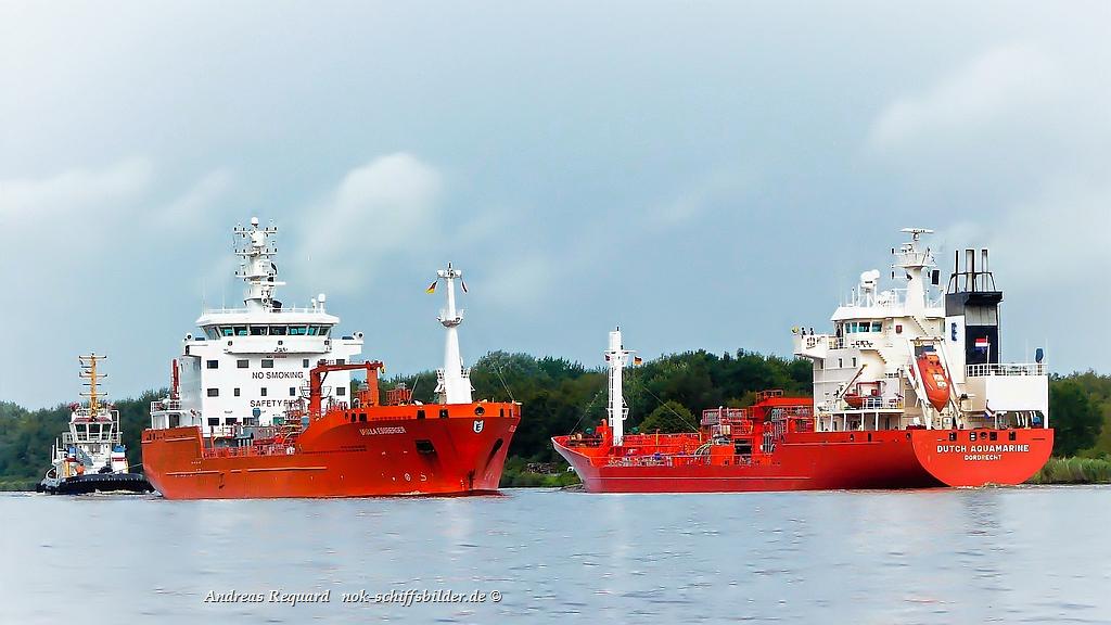Orange auf dem Burger Nord-Ostsee-Kanal