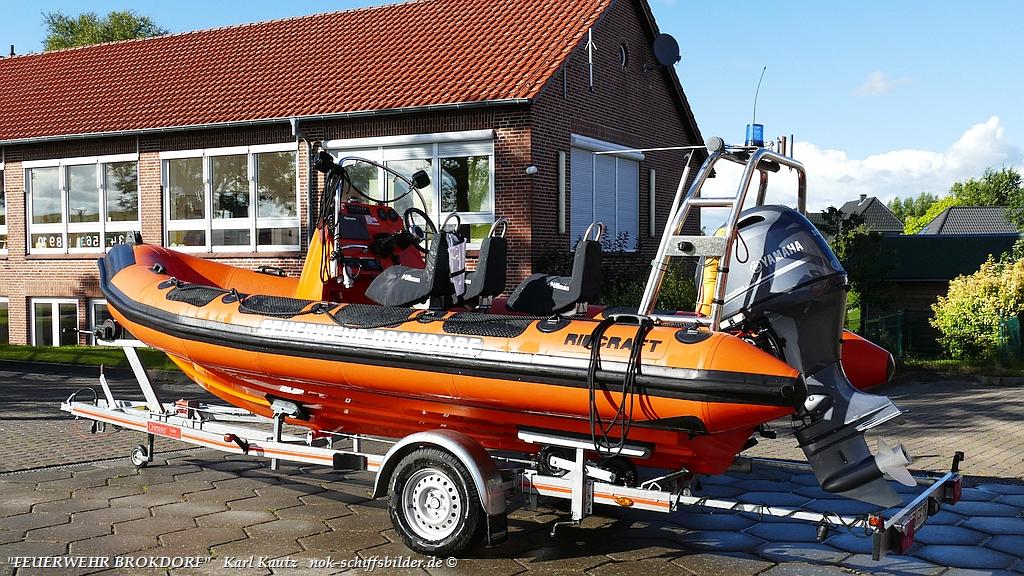 Feuerwehr-Rettungsboot- der Feuerwehr Brokdorf