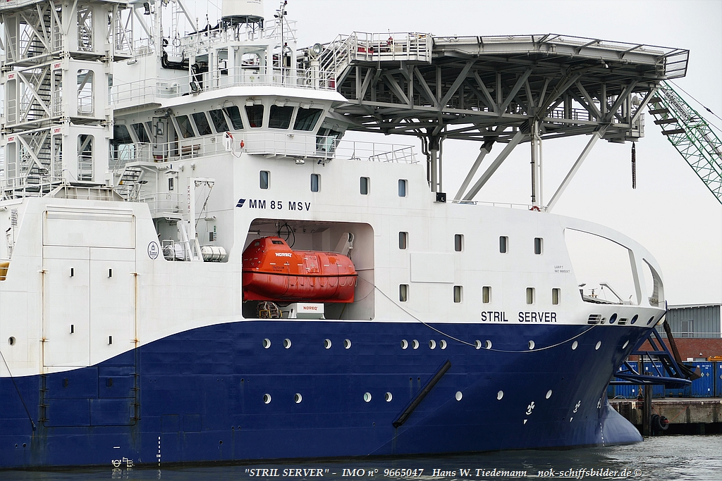 STRIL SERVER- Vorschiff/Bugbereich