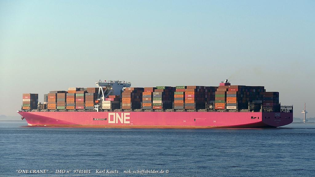 ONE Crane (KK-220920-2).jpg