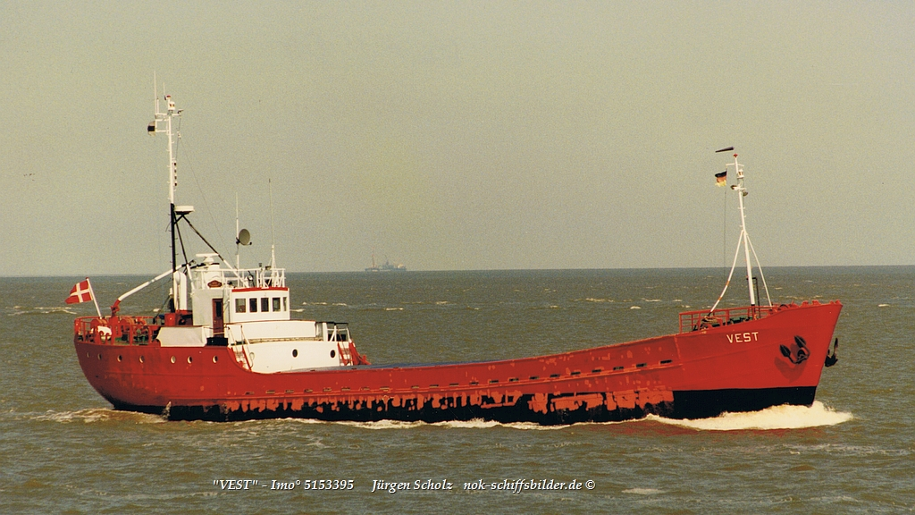 VEST  - Imo° 5153395 Elbe-Cuxhaven 04.1997.jpg