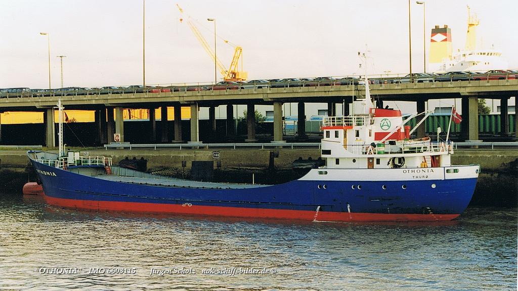 OTHONIA - IMO 6603115 Bremerhaven 10.1999.jpg
