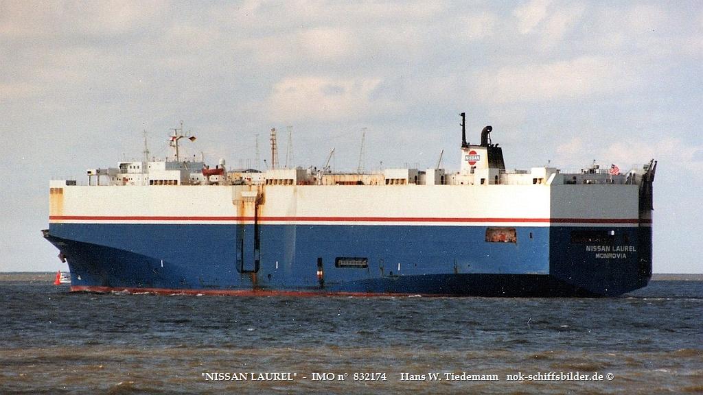Nissan Laurel, LBR, IMO 8321747 - 10.05.95 Cux.jpg