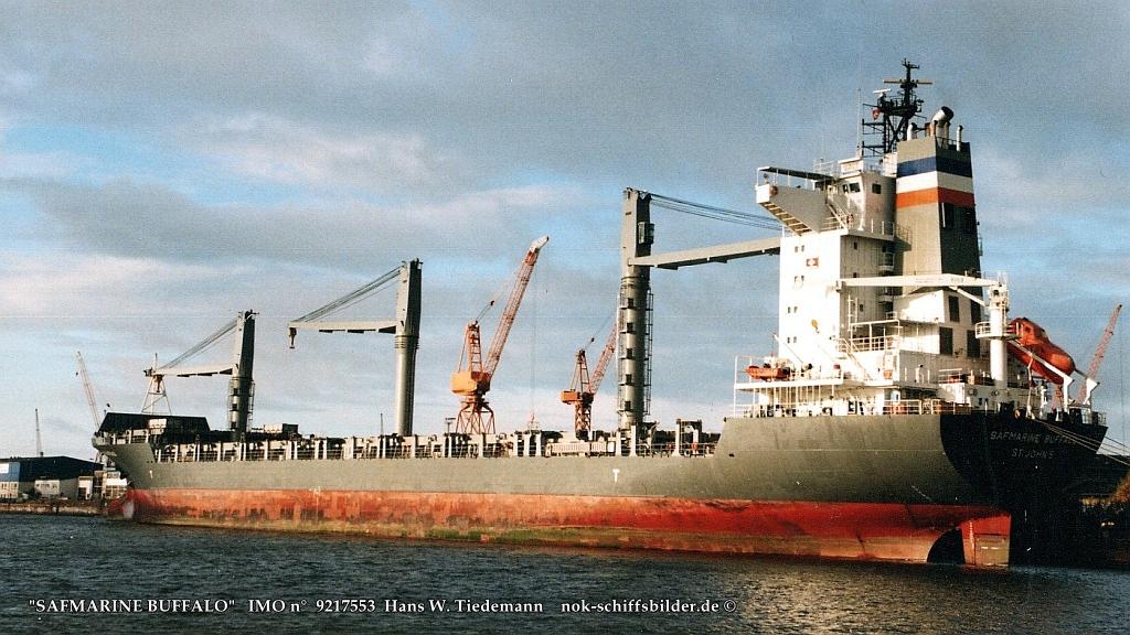Safmarine Buffalo, ATG, -00, 16.803 gt - 24.10.02 Bhv-2.jpg