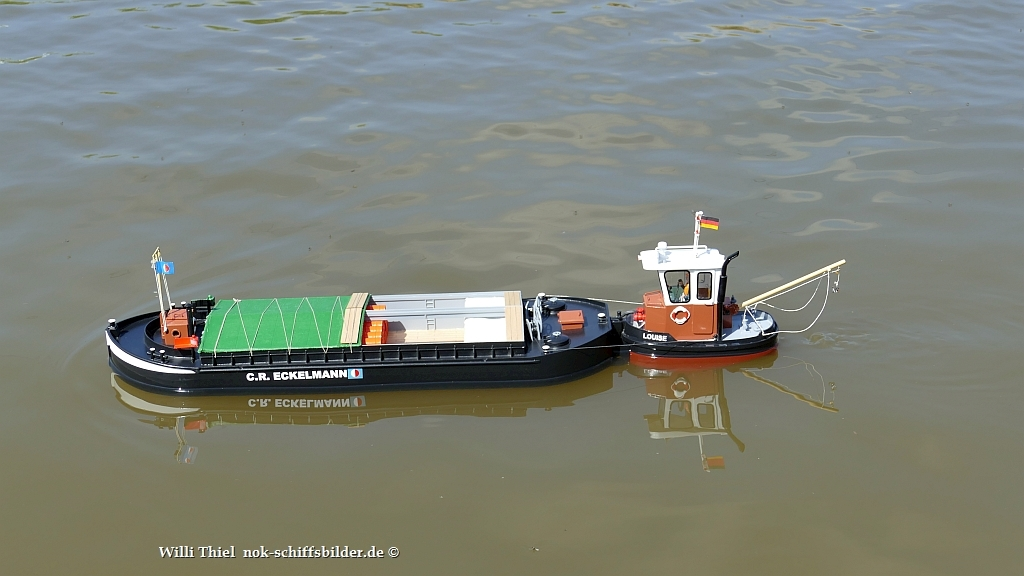 LOUISE mit Barge