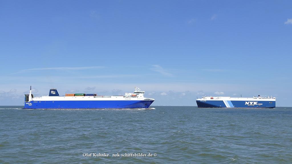 FIONIA SEA und SPICA LEADER