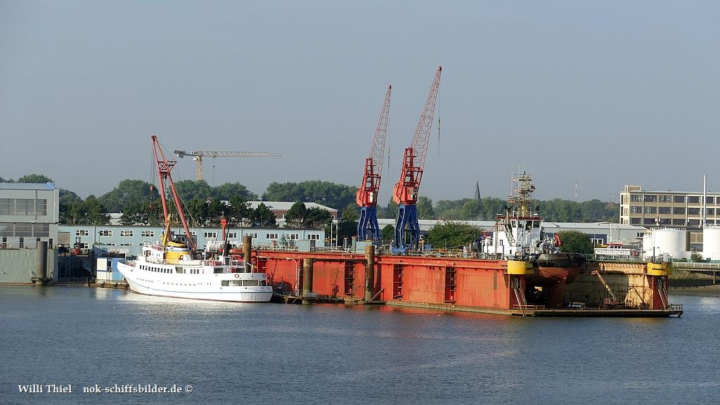 Werft Cux  FAIL LADY u BUGSIER 3 09.09.2021.jpg