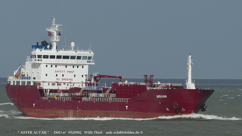 ASTER ALVAR  -  IMO n°  9528902  Elbe-Cuxhaven 15.10.2021.jpg