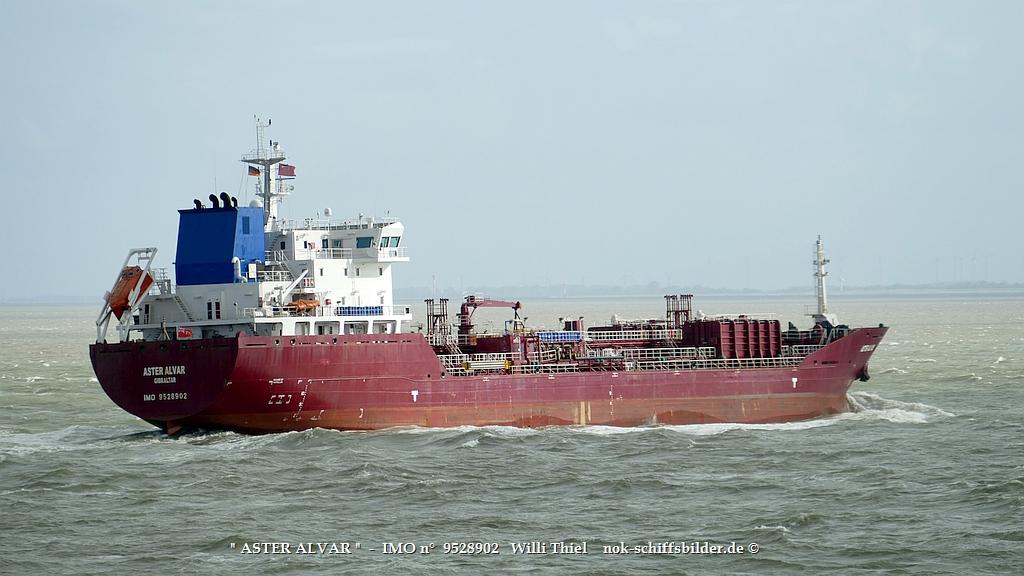 ASTER ALVAR  -  IMO n°  9528902  Elbe-Cuxhaven 15.10.2021 vat.jpg