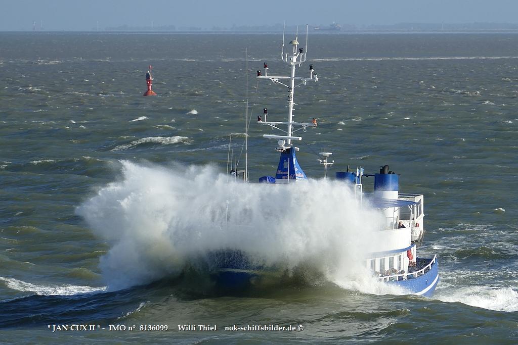 JAN CUX II  -  IMO n°  8136099  Elbe-Cuxhaven 15.10.2021  volle.jpg