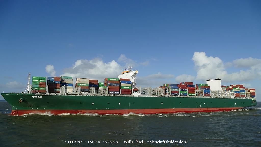 TITAN  -  IMO n°  9728928  Elbe 15.10.2021 q.jpg