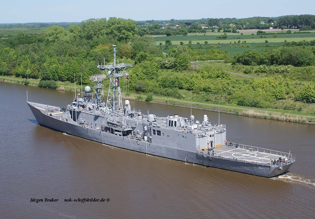 USS STEVEN W. GROVES FFG29