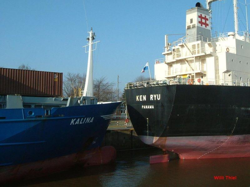 Auch Schiffe koennen parken