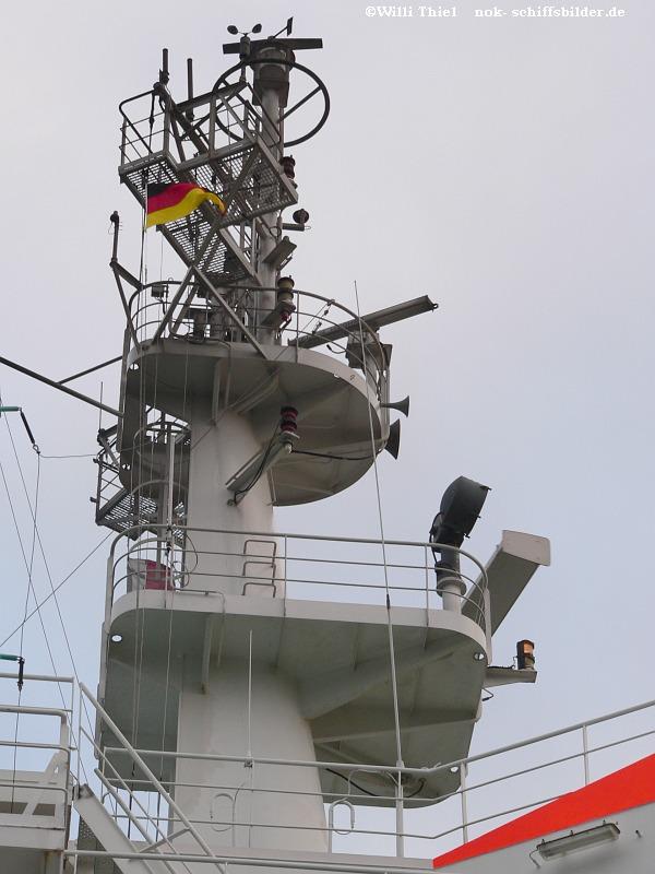 C. S.  SOVEREIGN  Mast