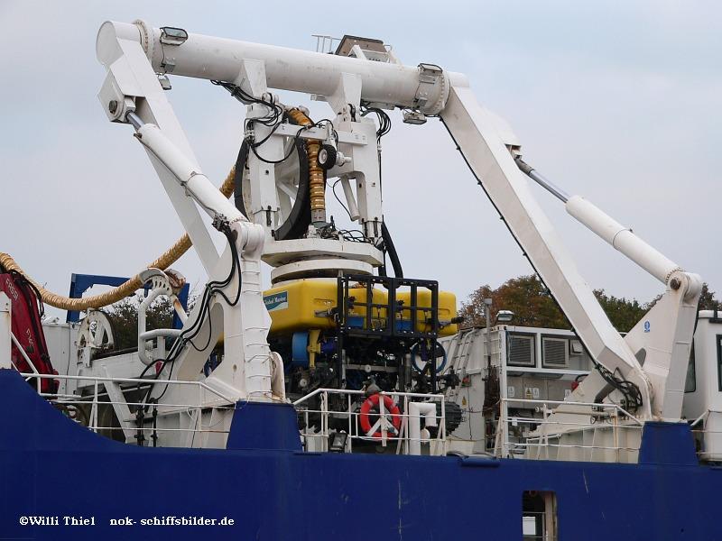 C. S.  SOVEREIGN  Roboter