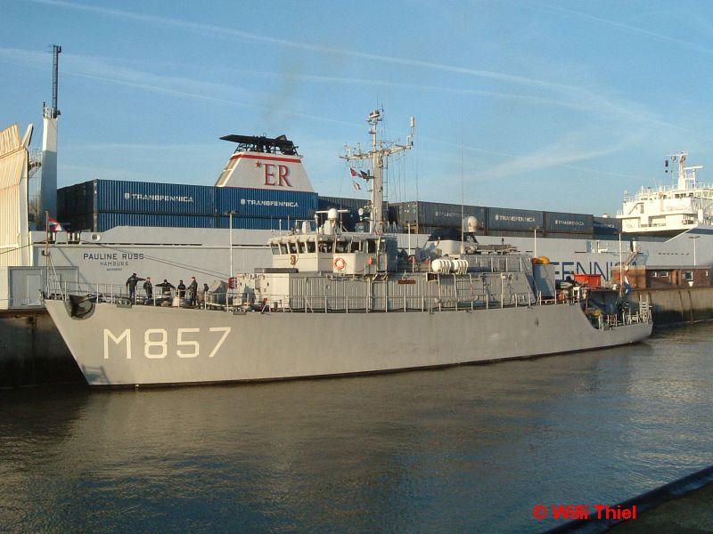 M 857 Makkum