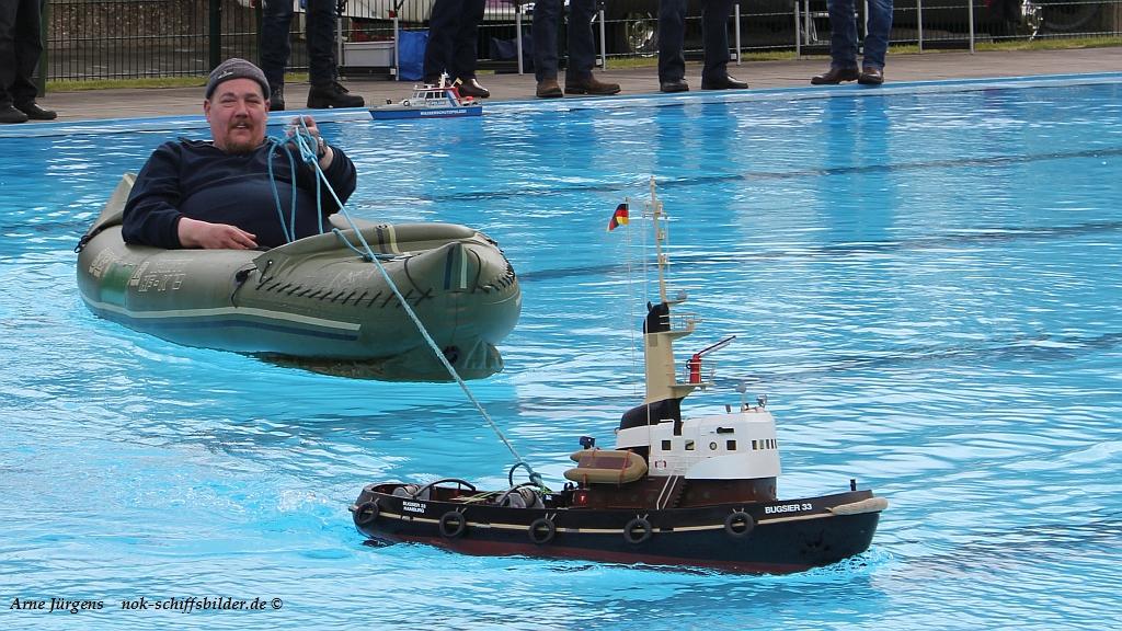 BUGSIER 33 -> Schlauchboot-Hauke