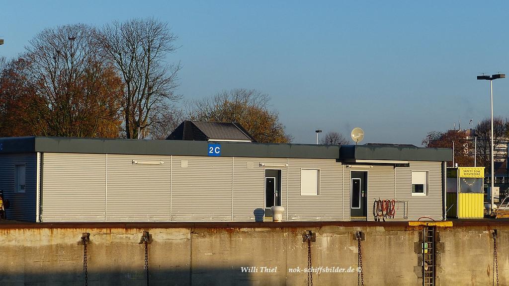 Schleusen - Neubau-   09.11.16 -   Festmacherbude.jpg