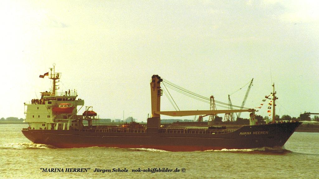 MARINA HERREN  Weser Bremerhaven 09.1093.jpg