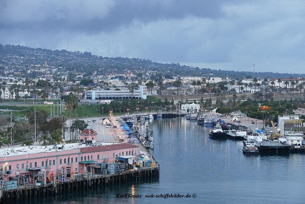 LOS ANGELES (Port)
