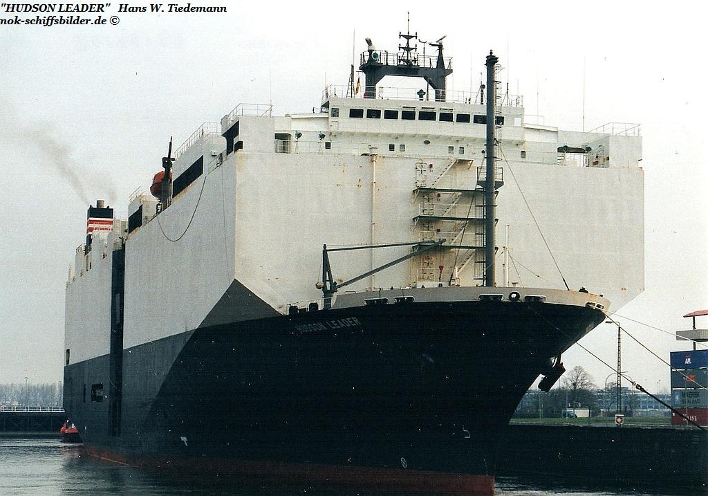 Hudson Leader, PAN - 09.04.02 Bhv