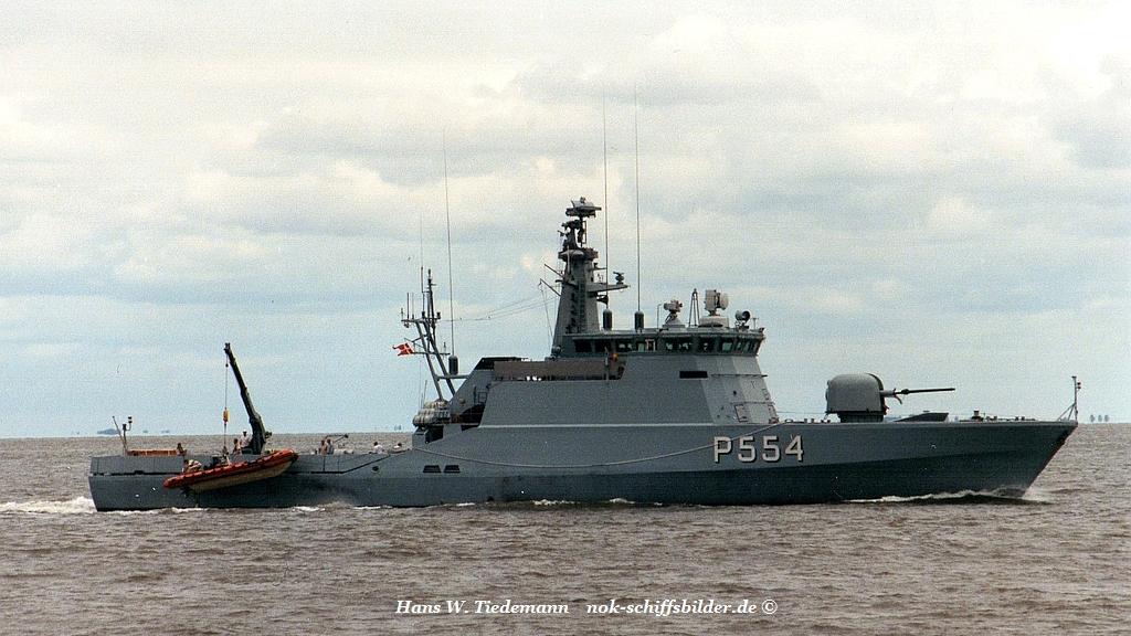 Makrelen P 334 - 26.07.99 Cux