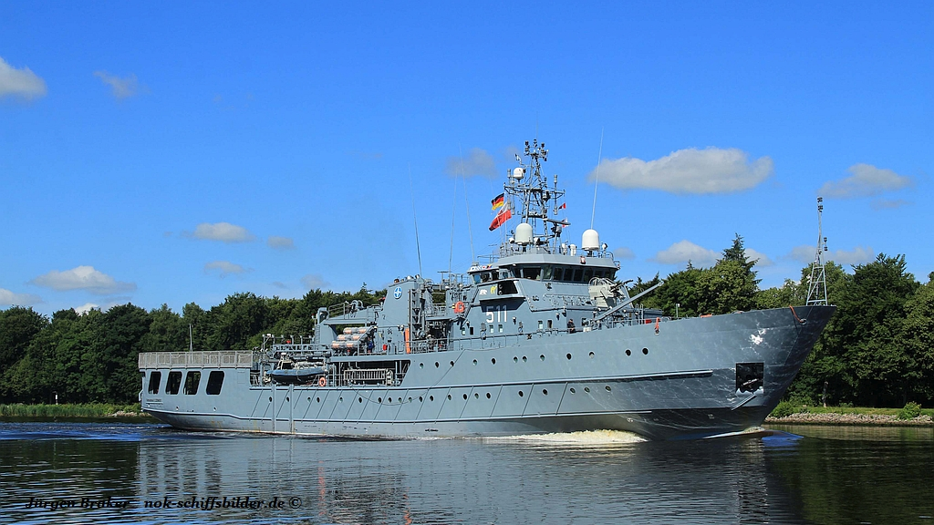 ORP Kontradmiral Xawery Czernicki 511