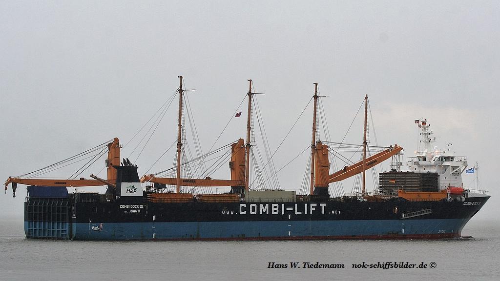COMBI DOCK III ( PEKING)