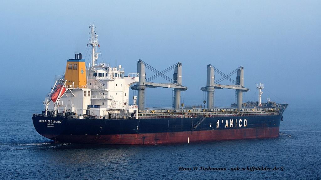 Cielo di Dublino, ITA, IMO 9585651 - Weser.jpg