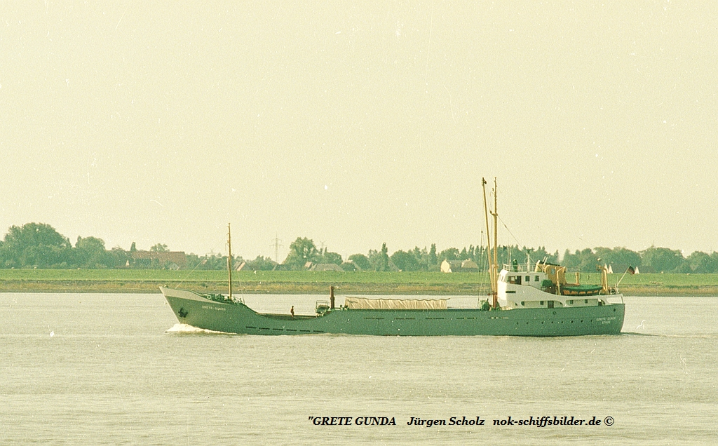 GRETE GUNDA Weser Bremerhaven 09.1983 .....jpg