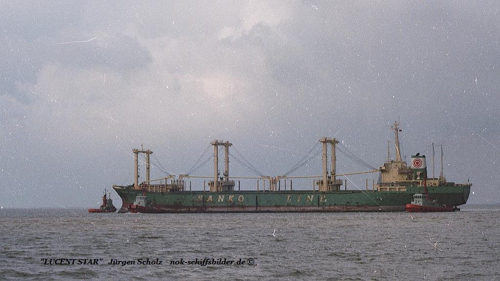 LUCENT STAR Weser Bremerhaven 04.1983.jpg