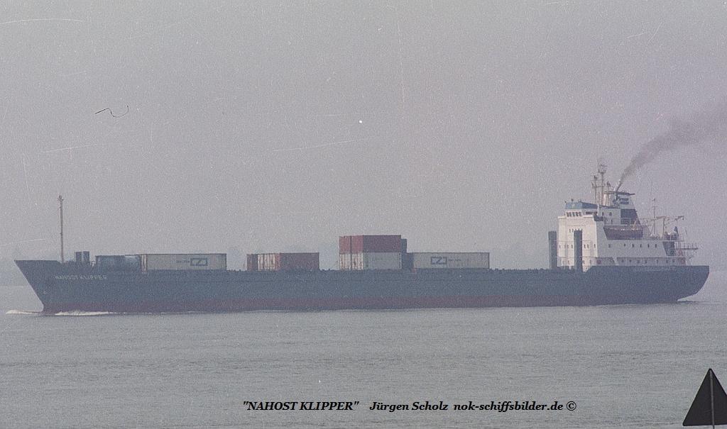 NAHOST KLIPPER Weser Bremerhaven 08.1983.jpg