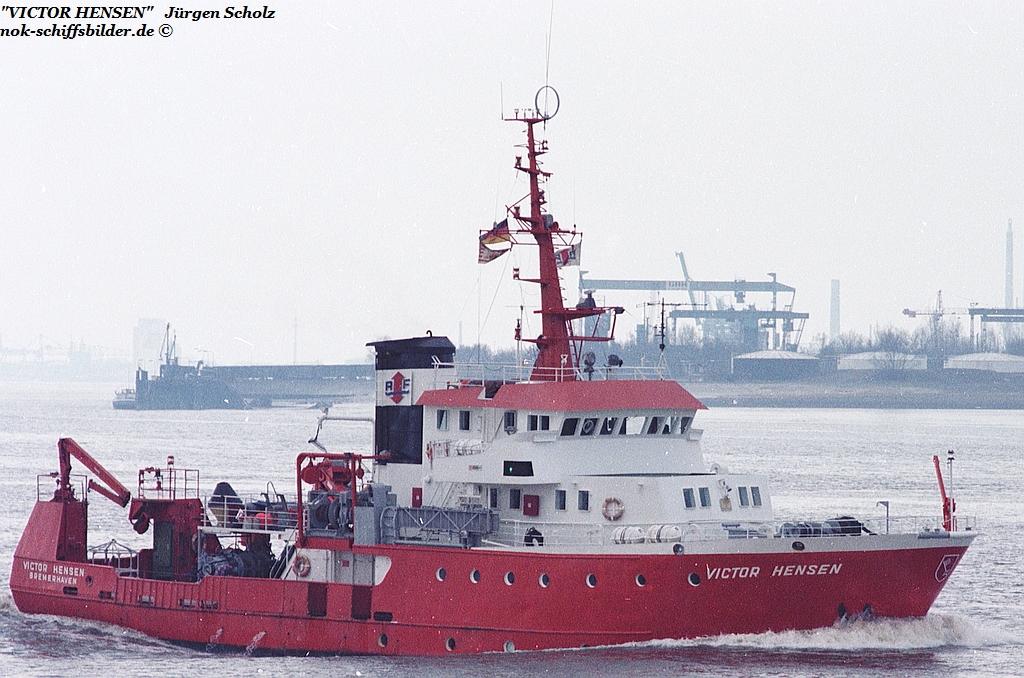 VICTOR HENSEN Weser Bremerhaven 04.1983.jpg