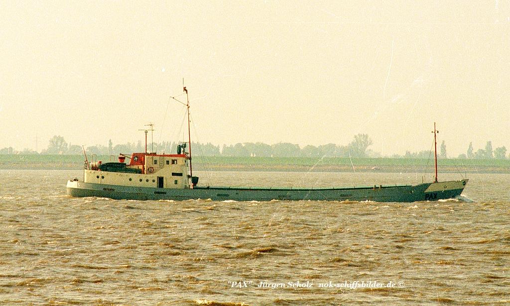 PAX Weser Bremerhaven  09.1983.jpg