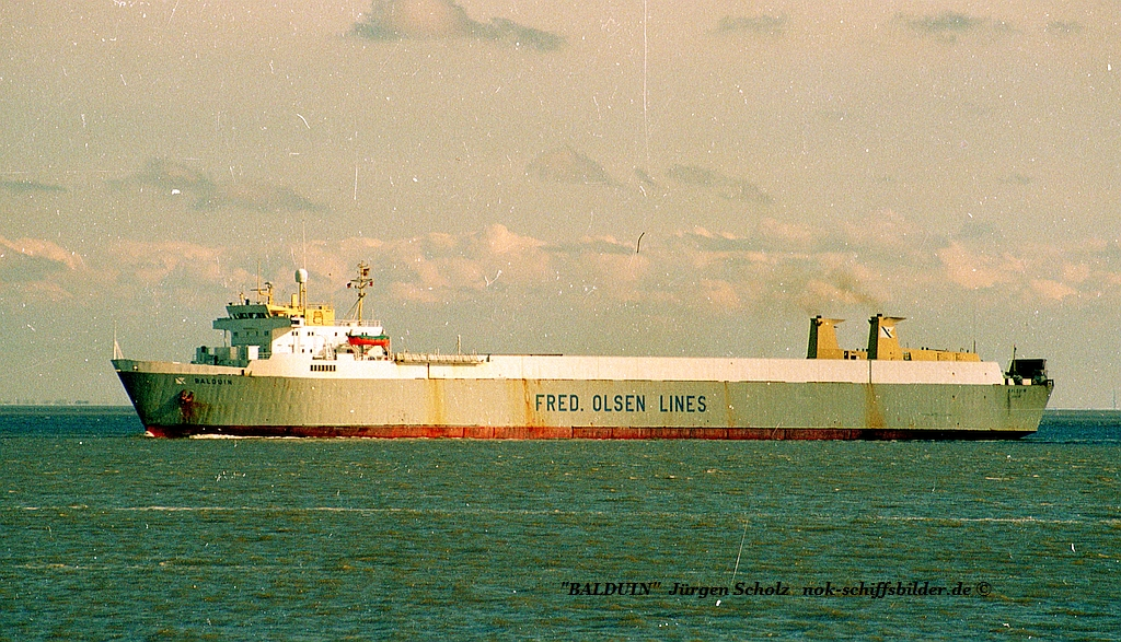 BALDUIN Weser Bremerhaven 02.1989.jpg