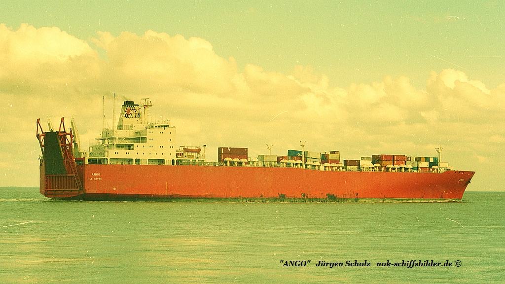 ANGO Weser Bremerhaven 02.1984 va.jpg